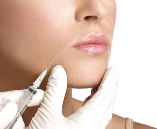 Wolumetria twarzy oraz wypełnianie bruzd przy użyciu kwasu hialuronowego